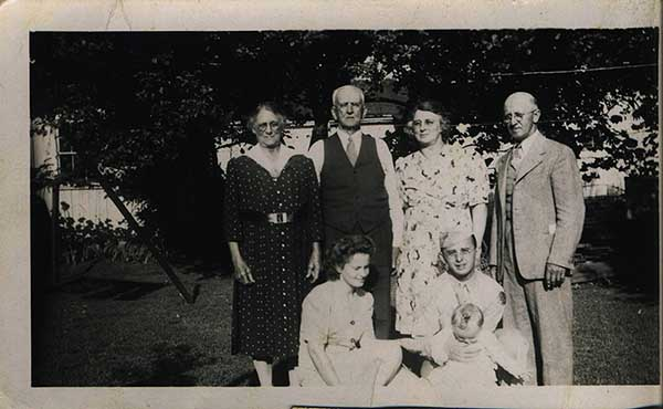 Alida and Martin Hauger,Grandma and  Grandpa Wagner, Fred, Dotty and Sandy Wagner